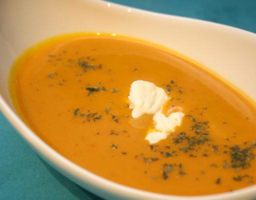 Würzige Kürbis-Kartoffel-Suppe