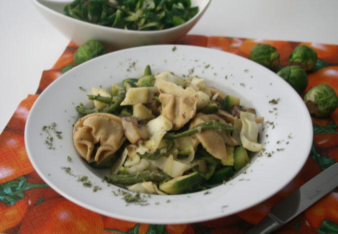 Tortellini-Gemüse-Topf