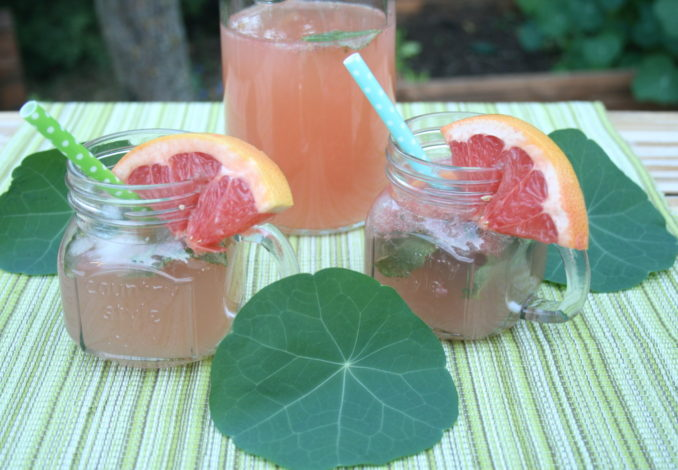 Grapefruit-Minz-Limonade